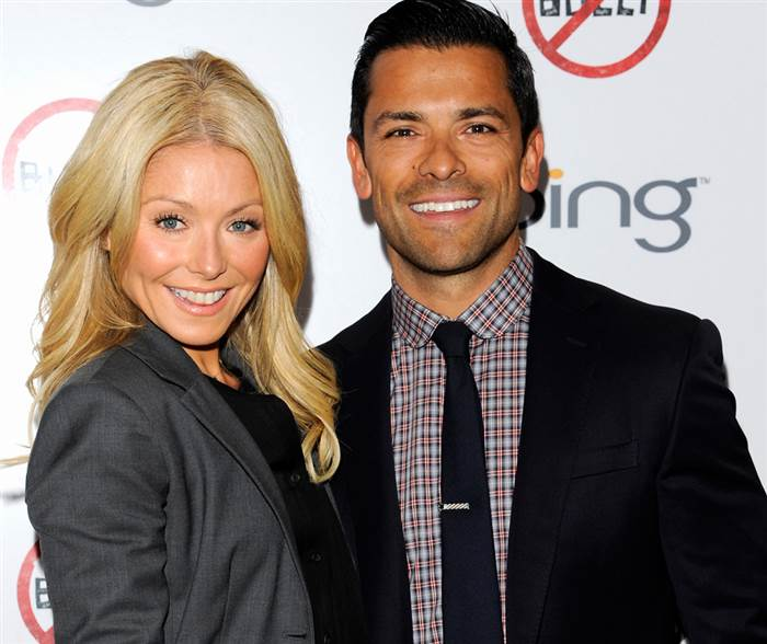 364382-120503-kelly-ripa.today-inline-large