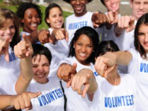 How volunteering while in college can actually help you find a job